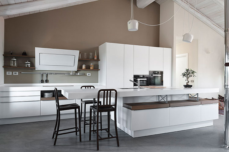 Luce in un arredamento moderno gardiman casa ronco di for Arredamento biella